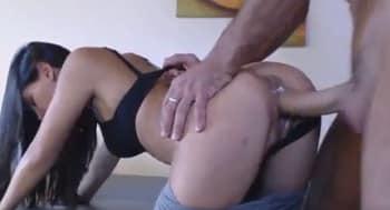 Sexo brutal con anal incluido en la webcam